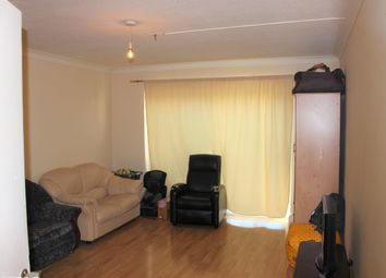 3 bed maisonette to rent in Salt Hill Avenue, Slough SL1