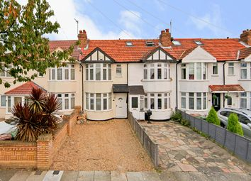 Thumbnail Terraced house for sale in Ashcroft Crescent, Sidcup