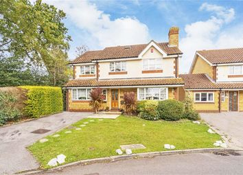 6 bed detached house for sale in Lewis Close, Harefield, Uxbridge UB9