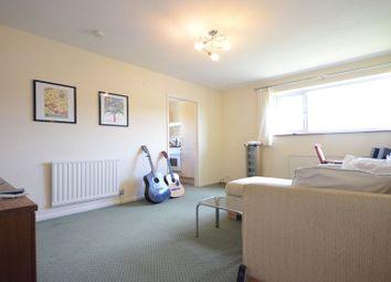 Thumbnail 1 bedroom maisonette to rent in Kentwood Hill, Tilehurst, Reading