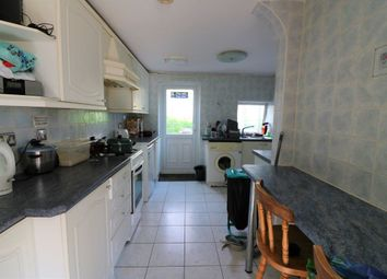 Thumbnail 4 bed property to rent in Furzen Crescent, Hatfield