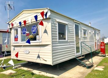 Thumbnail 2 bedroom property for sale in Clacton-On-Sea