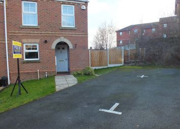Thumbnail 3 bed town house for sale in Cricklewood Drive, Tunstall, Stoke-On-Trent