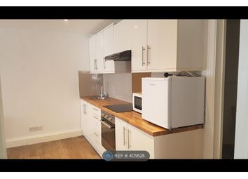 Thumbnail 2 bed flat to rent in Victoria Road, Watford