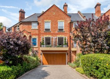 Misbourne House, Amersham Road, Chalfont St Giles, Buckinghamshire HP8. 3 bed town house