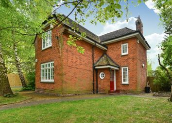 Thumbnail 3 bed detached house to rent in Beaverwood Road, Chislehurst