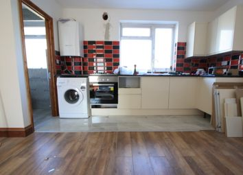Thumbnail 3 bed flat to rent in Hassoks Road, Streatham