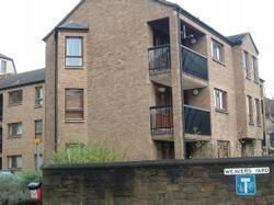 Thumbnail 2 bed flat to rent in Weavers Yard, Dundee