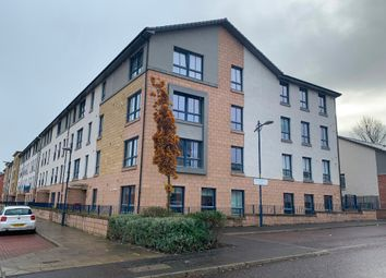2 bed flat to rent in Oatlands Square, New Gorbals, Glasgow G5