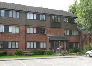 Thumbnail 2 bed flat to rent in Norden Road, Maidenhead