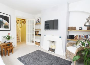 Thumbnail 2 bed flat to rent in Kilburn Lane, London
