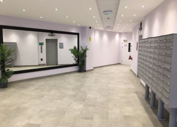 Thumbnail Studio to rent in Vaughan Way, Leicester