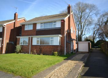 Thumbnail 4 bed detached house for sale in Waverley Avenue, Basingstoke