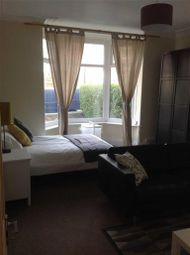 Thumbnail 2 bedroom flat to rent in Back Nursery Mount, Leeds