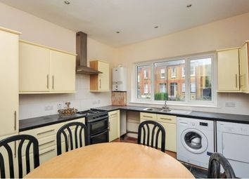 Thumbnail 2 bed flat to rent in Hillcourt Road, London