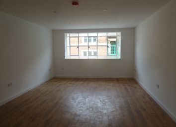 Thumbnail 1 bed flat to rent in Martin Street / Pocklingtons Walk, Leicester City Centre