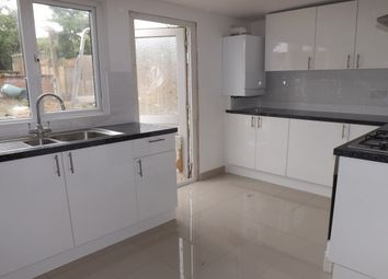 Thumbnail 2 bed property to rent in Westfield Road, Dunstable