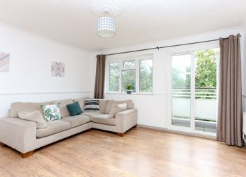Thumbnail 3 bed flat for sale in Kingsnympton Park, Surrey