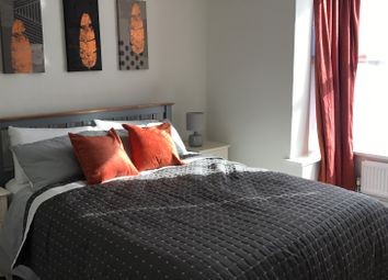 Thumbnail Room to rent in Amersham Road, High Wycombe