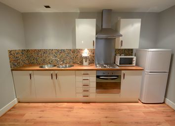 2 bed flat to rent in Rockingham Street, Sheffield S1