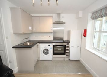 2 bed flat to rent in West Street, Godmanchester, Huntingdon PE29