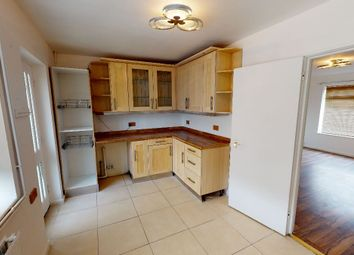 Thumbnail 3 bed terraced house to rent in Anlaby Park Road South, Hull