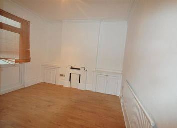 4 bed property to rent in Clarence Road, Croydon CR0