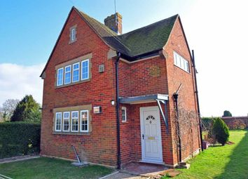 Thumbnail 3 bed detached house to rent in Long Lane, Cookham, Maidenhead