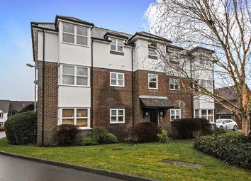 Thumbnail 2 bed flat to rent in Lambourn, Berkshire