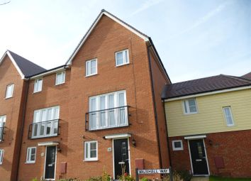 Thumbnail 3 bedroom town house for sale in Vauxhall Way, Dunstable