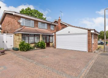 Hampstead Gardens, Hockley SS5. 5 bed detached house