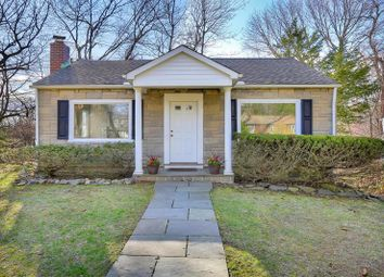 Thumbnail 2 bed property for sale in Old Greenwich, Connecticut, 06870, United States Of America