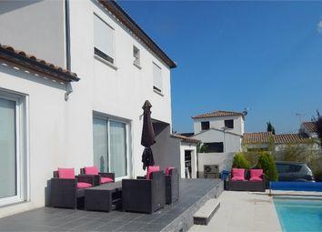 Thumbnail 4 bed villa for sale in Languedoc-Roussillon, Gard, Saint Laurent D'aigouze