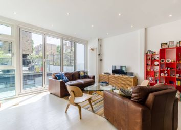 Thumbnail 5 bed terraced house to rent in Hemingford Road, Barnsbury