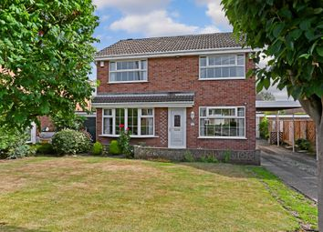4 Bedrooms Detached house for sale in Linnet Grove, Sandal, Wakefield WF2