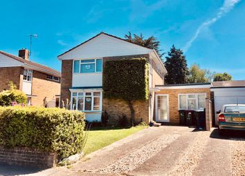 Thumbnail 3 bed detached house to rent in Newmarket Road, Crawley