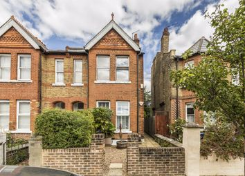 Arlington Road, London W13. 2 bed flat