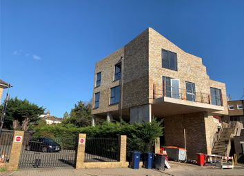 Thumbnail 2 bed flat for sale in East End Road, East Finchley, London