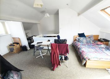 3 bed end terrace house to rent in Mona Road, Sheffield S10