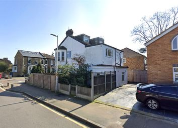 Cleveland Road, South Woodford, London E18. Studio for sale