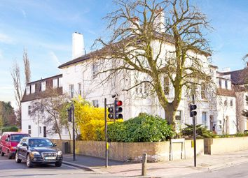 Thumbnail 2 bed flat to rent in Earlsfield Road, Wandsworth, London, Greater London
