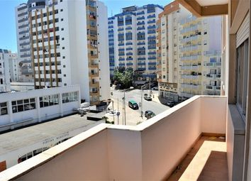 Thumbnail 3 bed apartment for sale in Portugal, Algarve, Portimão