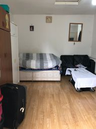 Thumbnail Studio to rent in Inwood Road, Hounslow