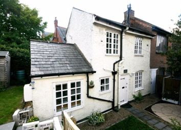 Thumbnail 1 bed cottage to rent in White Lion Yard, Red Lion Street, Chesham