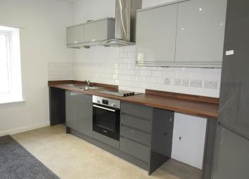 Thumbnail 2 bed flat to rent in Southgate, Halifax