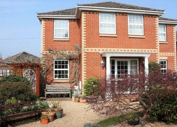 5 bed detached house for sale in Hawthorn Lane, Sarisbury Green, Southampton SO31