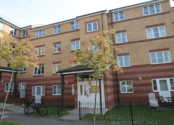Thumbnail 2 bedroom flat for sale in Peatey Court, Princes Gate, High Wycombe