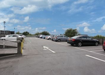 Thumbnail Parking/garage to rent in Market Street, Bracknell