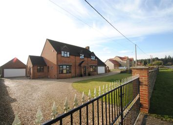 Thumbnail 4 bed detached house to rent in Gainfield, Buckland, Faringdon