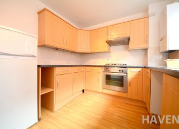 Thumbnail 2 bedroom flat for sale in Adelphi Court, High Road, East Finchley